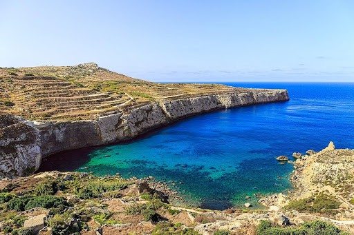 Malta 7 Places you can't miss - Fomm Ir Rih Beach